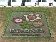 euro_2012_logo-na-trawie